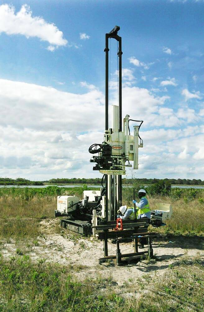 EnviroTek in Tampa, FL, uses a 3230DT to run high-speed wireline tooling at a Florida mining site.