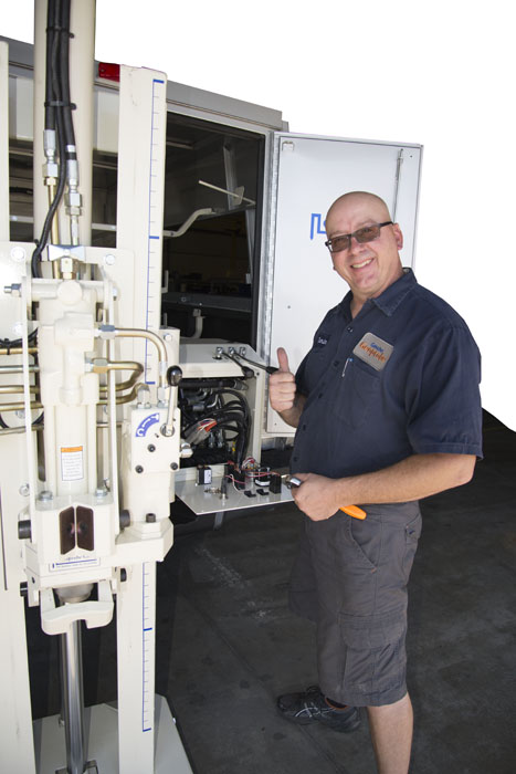 Darin Garmin, Geoprobe® Assembly Technician, puts the finishing touches on Rob's 5410 before it heads to Delaware.