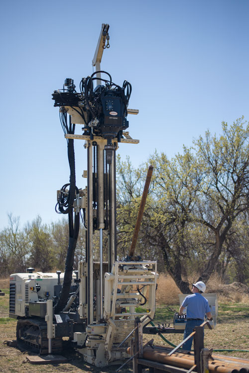 Drillers stay clear of spinning tools strings while enabling easy sight lines on 8150LS sonic drilling rig