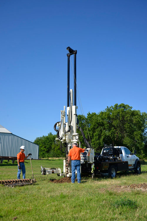 Spinning augers to collect SPT samples is simplified using telescoping winch mast and drill mast oscillation on 3100GT.