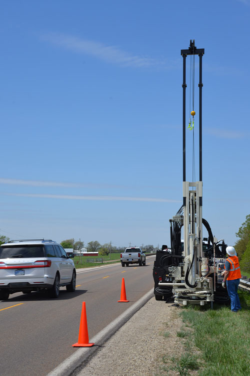 Keep drillers safely away from traffic thanks to control panel placement on the 3100GT drilling truck.
