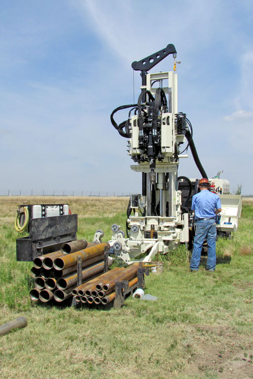 Collect sonic soil samples with low-clearance 8140LC sonic drill rig.