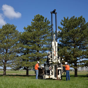 3126GT geotechnical drill features centerline head side shift
