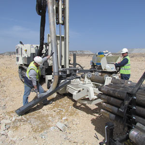 GV5 sonic drilling rig head on 8150LS makes quick work of tough formations during exploration drilling