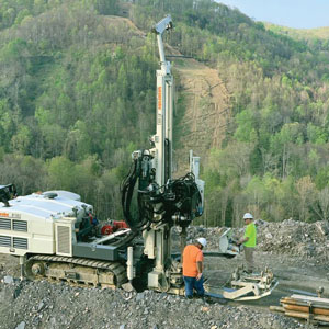 8150LS sonic drilling rig